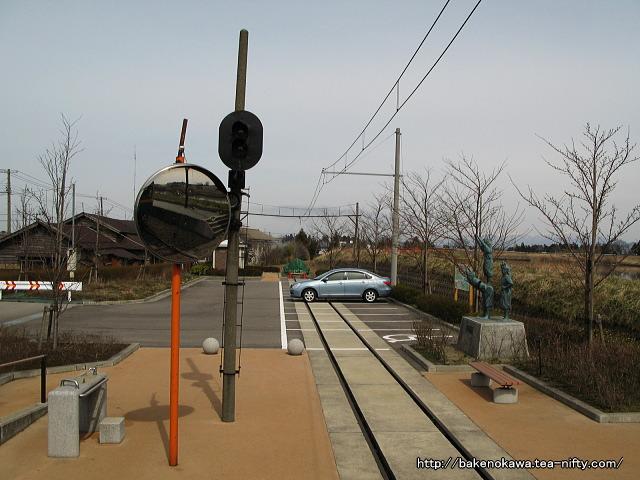 月潟駅跡の駐車場
