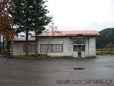 越後大島駅旧駅舎の様子その一