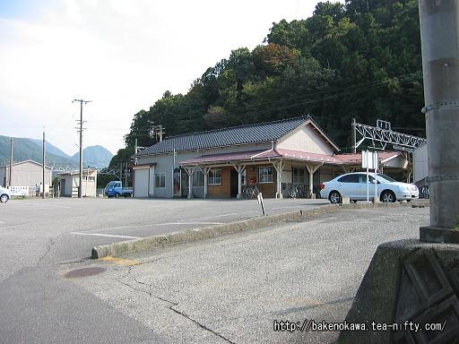 梶屋敷駅駅舎
