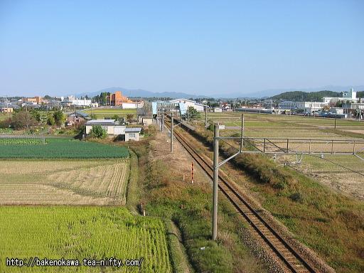 陸橋から見た中浦駅構内