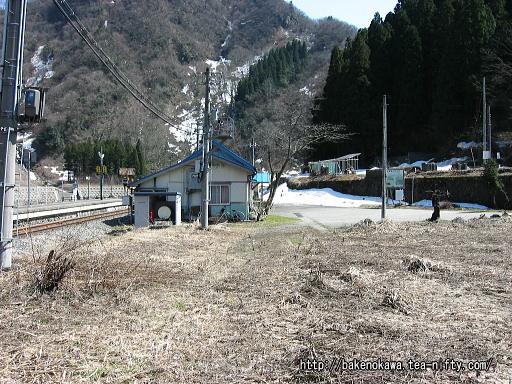 小滝駅駅舎その2