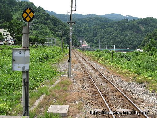 構内信号とその先の鉄橋その1