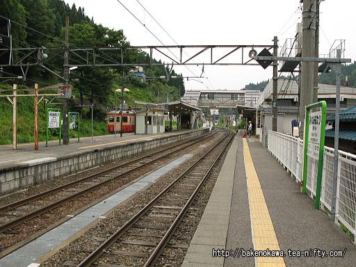 南小谷駅の1番線その2