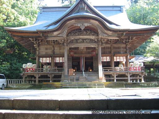 青海神社入口と社殿その2