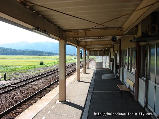 越後下関駅の1番ホームその3