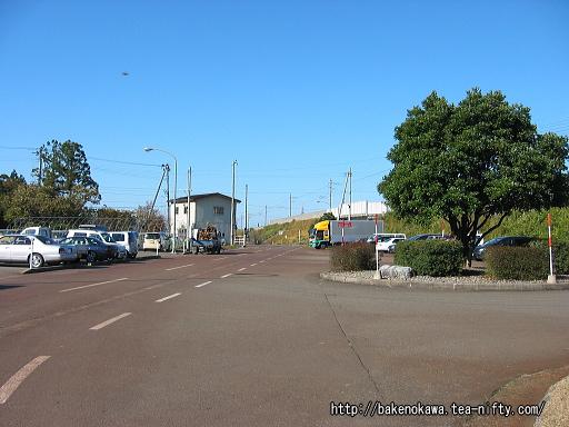 くびき駅前広場