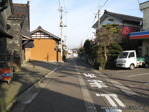 羽生田駅前通り