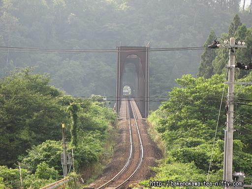 陸橋上から見た磐越西線の鉄橋その2