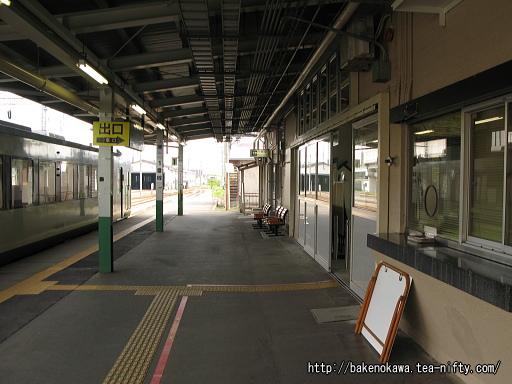 十日町駅の1番ホームその1