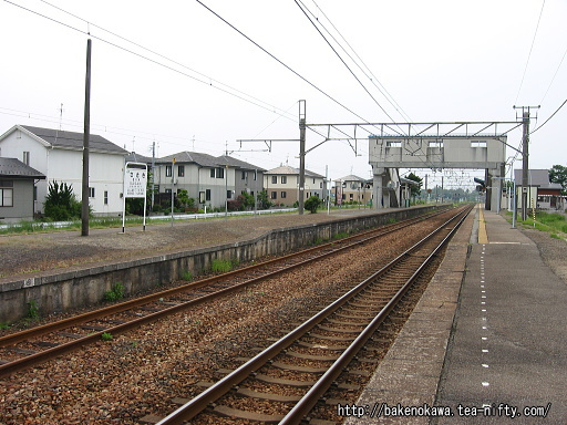 佐々木駅の1番ホームその二