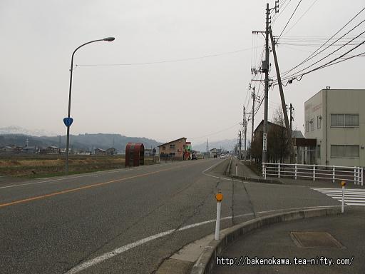 北堀之内駅付近の国道17号線その2