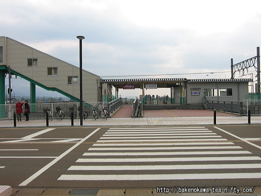 西新発田駅駅舎北口の様子