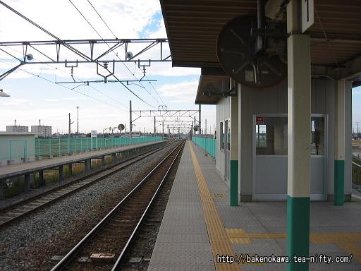 西新発田駅の1番ホームその一