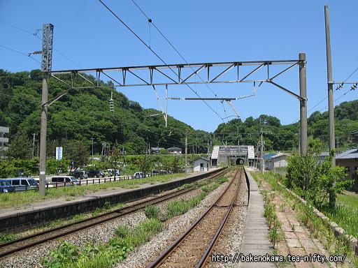 勝木駅の1番ホームその二