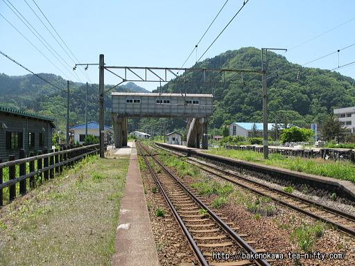 勝木駅の1番ホームその五