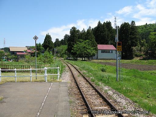越後水沢駅のホームその6