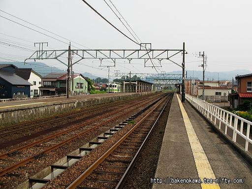 新井駅の1番ホームその3