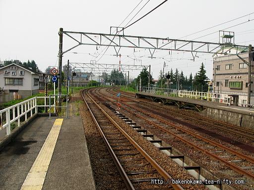 新井駅の1番ホームその4