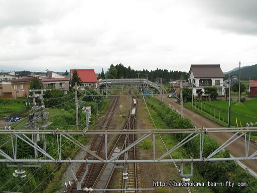 陸橋から見た直江津方