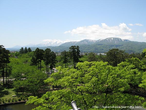 高田城三重櫓上から見た風景
