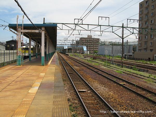 東三条駅1番ホームその4