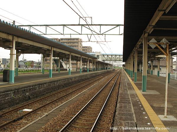 東三条駅1番ホームその6