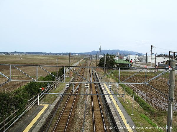 平林駅跨線橋から見た岩船町方面