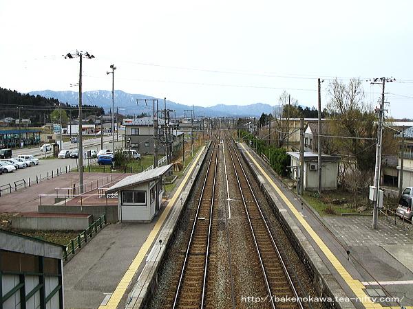 平林駅跨線橋から見た坂町方面