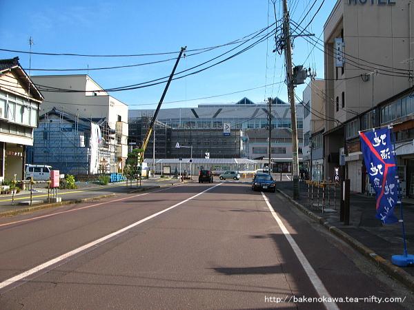 アーケードが撤去された頃の糸魚川駅前