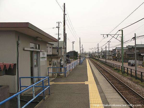 南吉田駅のホームその3