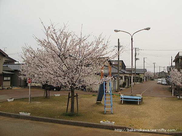 南吉田駅前広場