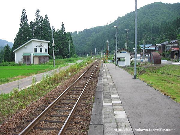 柿ノ木駅のホームその3