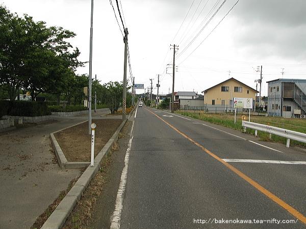 佐潟近くの北国街道