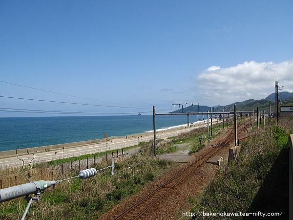 陸橋上から見た府屋駅