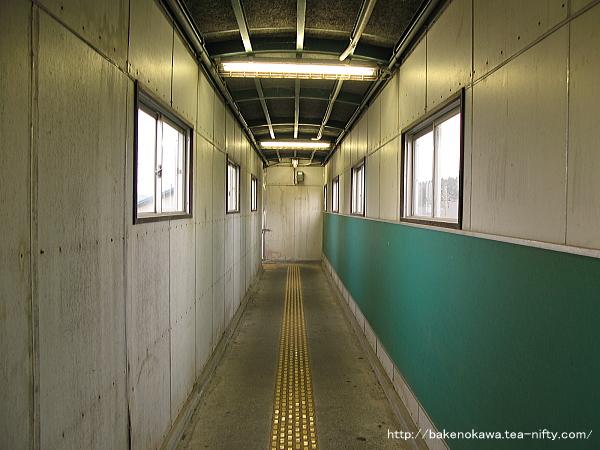 寺泊駅の跨線橋