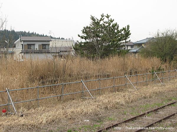 越後鉄道長岡線の大河津駅廃ホーム