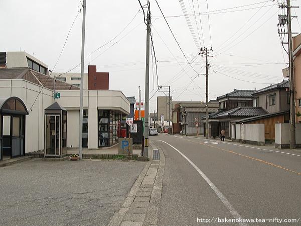 旧寺泊町の中心街