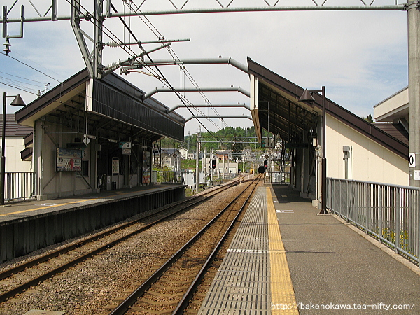 まつだい駅の1番ホームその2