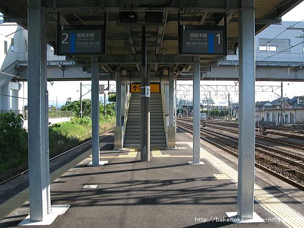 黒井駅の島式ホームその4