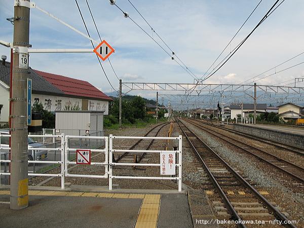 豊野駅の1番線その5