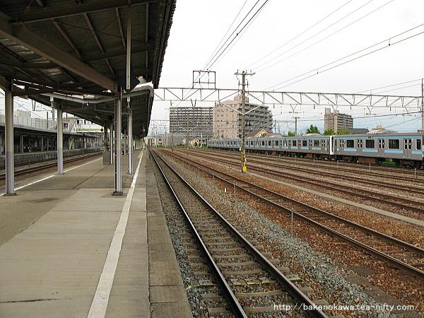 北長野駅の島式ホームその1