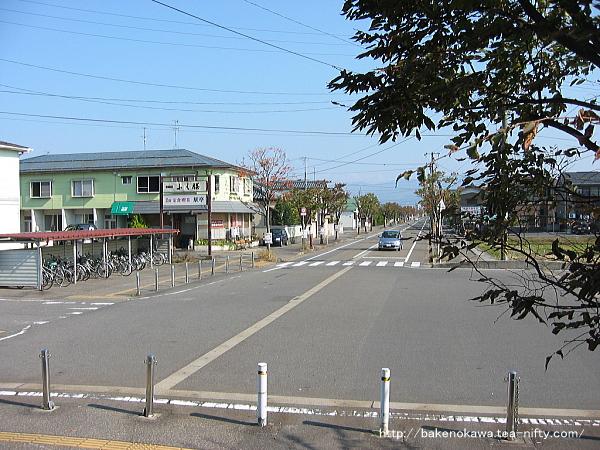 北五泉駅前