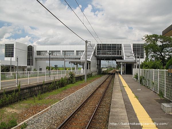 矢代田駅の上りホームその1