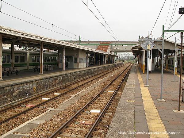 吉田駅の4-5番島式ホームその3