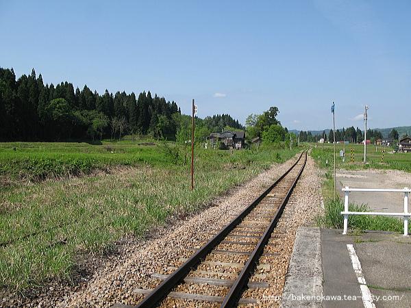 越後岩沢駅のホームその4