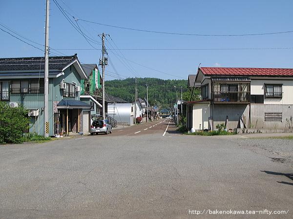 越後岩沢駅前通り