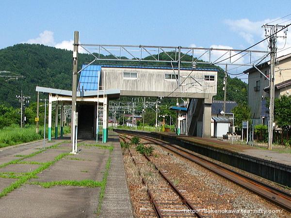 越後広田駅の旧島式ホームその2