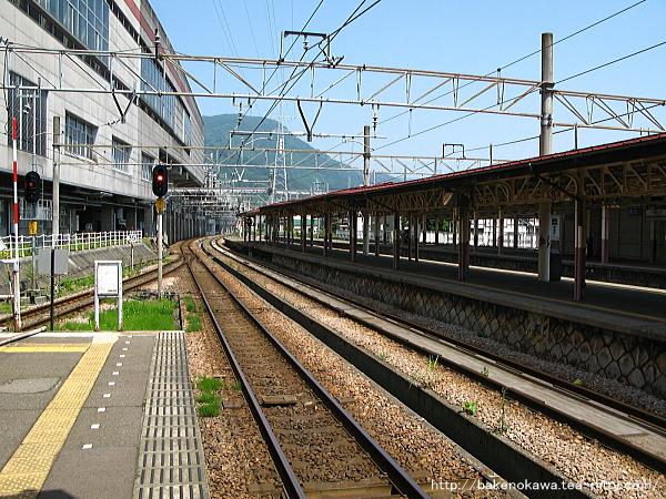 越後湯沢駅の1番ホームその4