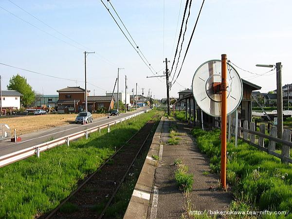 Ajikatachugakumae0020504