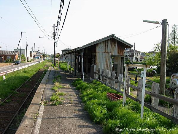 Ajikatachugakumae0030504
